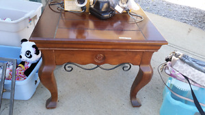 2 end tables and coffee table set