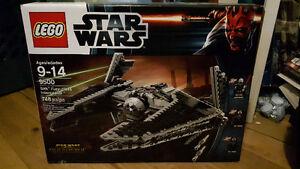 Lego Star Wars Sith Fury Class Interceptor (9500)