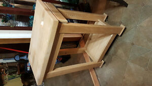 Solid wood kitchen island / can deliver