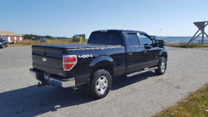 2011 ford f150 crew cab 5.0L v8 low kms trade on diesel