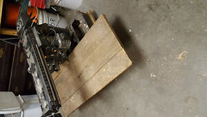 Older  craftsman radial arm saw.