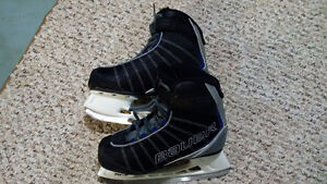 Bauer Recreational Skates (size 5)