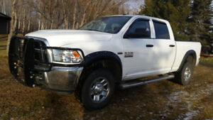 2014 Dodge Ram 2500 with Towing Options
