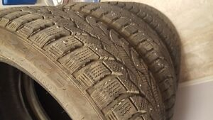 225/45r17 Studded Winter Tires 85-90%