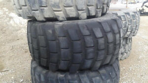 MOTOR GRADER TIRES- 9 TIRES WITH RIMS AND NEW JCB BUCKET