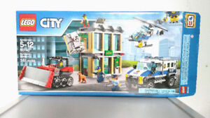 LEGO City Police Bulldozer Break-in (60140) Banque