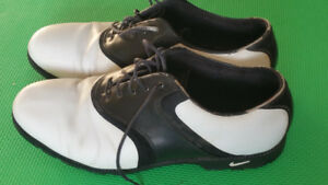 Nike souliers golf shoes