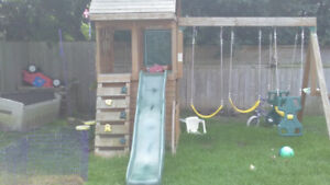 Solid wood kids play structure