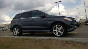 2012 Mercedes-Benz M-Class M350 4-Matic SUV, Crossover