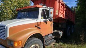 1989 International Tandem Dump Truck