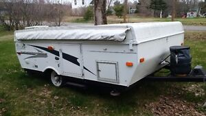 2007 Palimino Yearling hard top tent trailer
