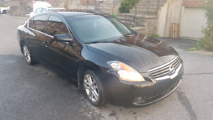 Nissan altima 2009 quick sale only 3700 nego