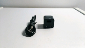 Chargeur universel prise murale TARGUS + cable micro usb