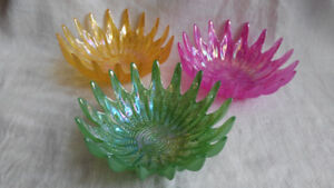 3 Piece Serving Dish Set Iridescent Glass  starburst bowls