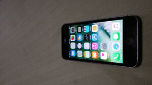 32 gb iphone 5s - Rogers or Fido