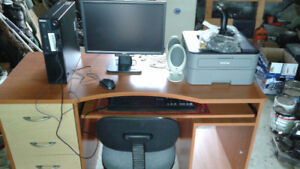 COMPUTER/ ACCESSORIES/ DESK/CHAIR FOR SALE