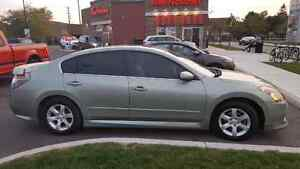 Nissan Altima fuly loaded 2.5