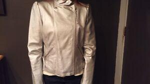 Metallic Silver Jacket Regina Regina Area image 4