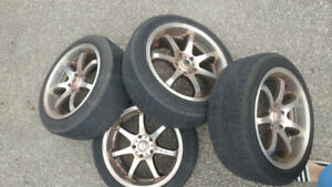 5 bolt x 114 hold rims for sale. Set of 4 16 inch rims.