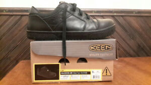 Keen steel toed work shoes