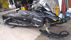 For sale 2011 ski doo Summit X 800 174 $5000cash
