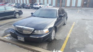 2011 Lincoln Town Car Executive L Sedan EXCELLENT CONDITION