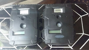 Hunting Gamers Cameras - Asking $ 60.00 For The Pair
