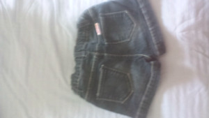 Girls summer brand name shorts size 2 to 3 years  (sm.)
