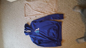 Woman's clothing size small/med