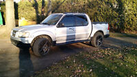 2001 Ford Explorer Sport Trac Mag 20 pouces