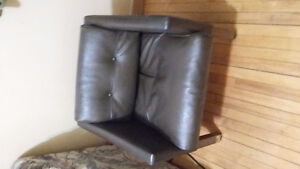 Leather chair cozy