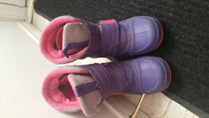 Winter boots size 1