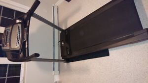Treadmill - Nordic Track T6. 7C  2.6 CHP in perfect condition