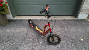 Boy's or Girl's HUFFY Ignite Scooter Red & Black Colour