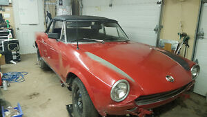 RARE: 1970 fiat 124 spider project car