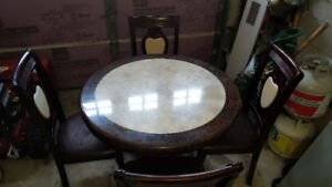 Dining Set; 1 Table + 4 Chairs