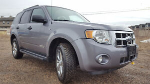 2008 Ford Escape XLT SUV, Crossover. Low Km