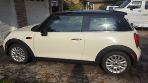 Like New Manual Mini Cooper with low KMs for Sale