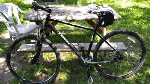 Vélo de montagne/route TREK