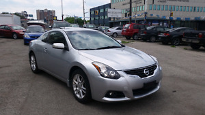 2010 Nissan Altima 3.5 Sr coupe fully loaded won't last