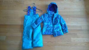 Habit de neige pour petite fille - 5 ans