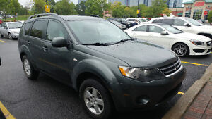 2008 Mitsubishi Outlander with WINTER TIRES very quick sale