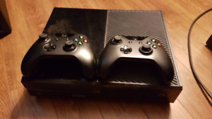XBOX ONE 2 Wireless Controllers Accessories and Games
