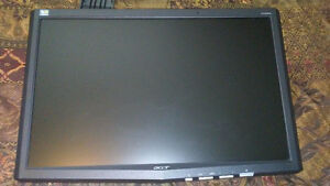 19 inch acer monitor with few screws missing