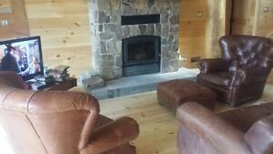 Bearhead Lodge on Deer lake Muskoka area,SLEEPS 19 Windsor Region Ontario image 7
