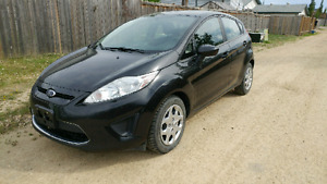 2011 Ford Fiesta SE automatic