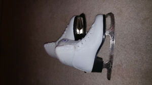 Figure skates are for sale