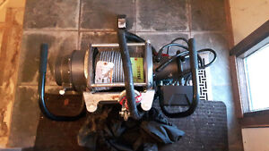 BRAND NEW, Never been used 12,000lb Warn Winch