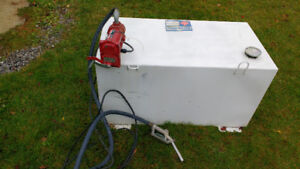 2014 100 gallon tidy tank and electric pump