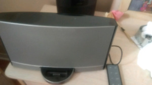 Bose sounddock portable home theater music system